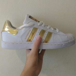 Adidas Superstar Gold 42