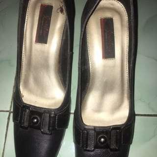 preloved sensitive heels 40cm