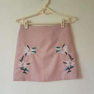 正韓粉色刺繡A字裙
