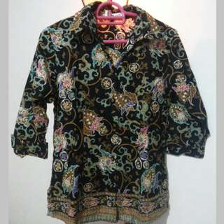 Black Pattern Batik Top