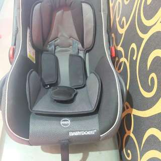 Baby Carrier Or Craddle