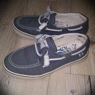 🚚 💕降價💕 Capa de Ozono 帆船鞋 休閒鞋 帆布 36號