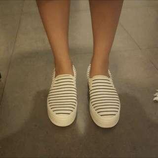 降價✨Daphne👠黑白厚底帆布鞋