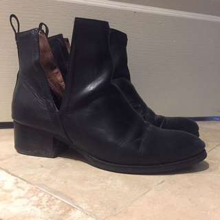 JEFFERY CAMPBELL Boots