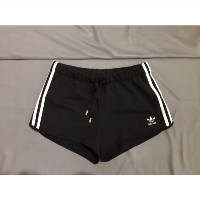 Adidas Originals 三葉草 Logo棉短褲