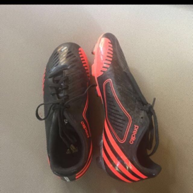 Adidas Predito Women's Soccer Shoes (Size 7)