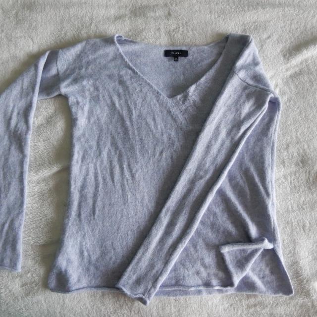 REDUCED : Aritzia Talula Azurelee sweater