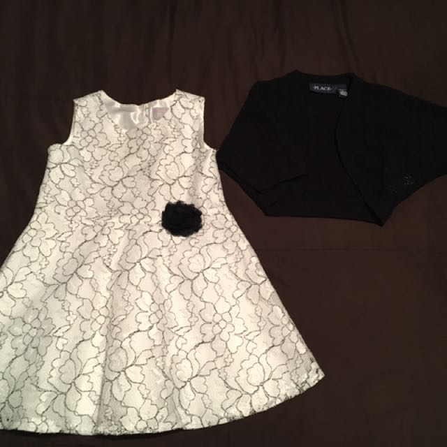 Dress / Sweater