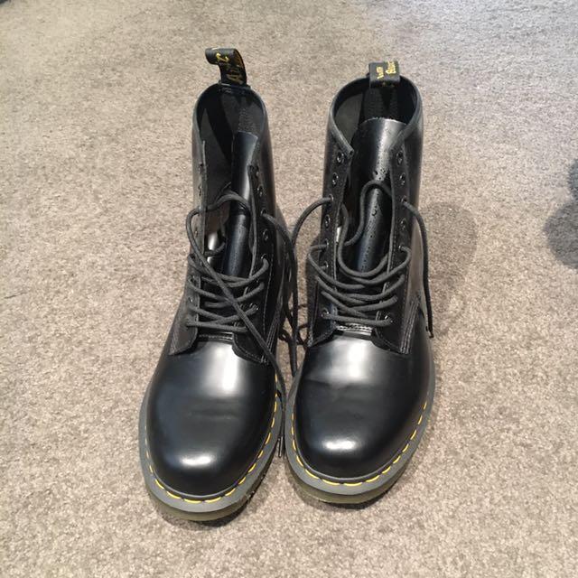 Dr.Martens Original 8-eye Boots