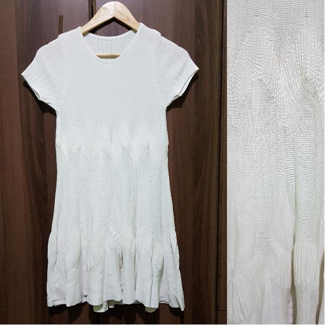 HQ white Knitted Dress