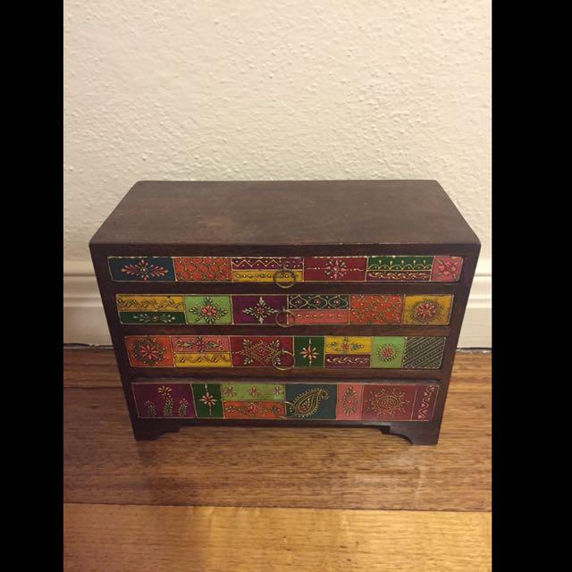 Ishka Jewellery Box