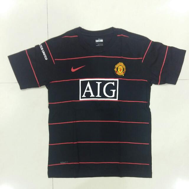 Kaos Hitam Authentic Nike Manchester United