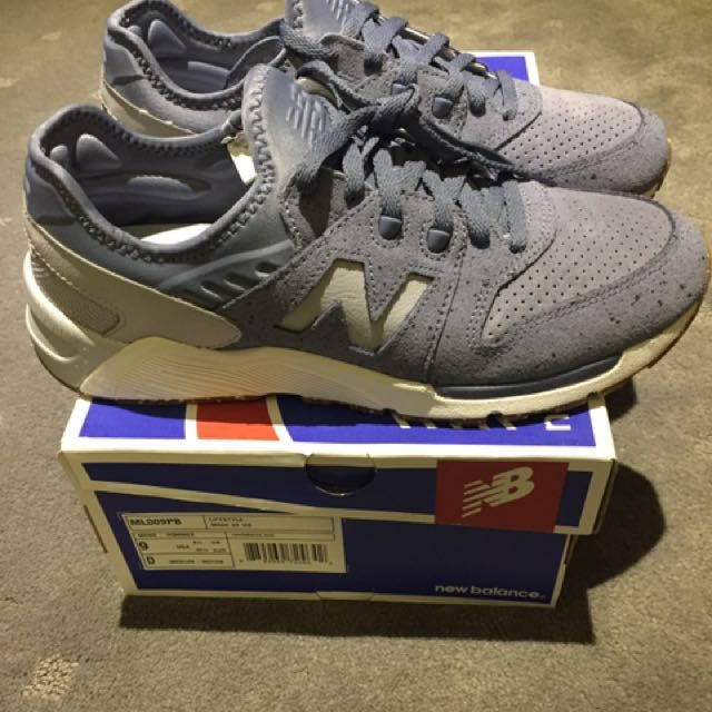 New Balance 009 Speckled Suede US9