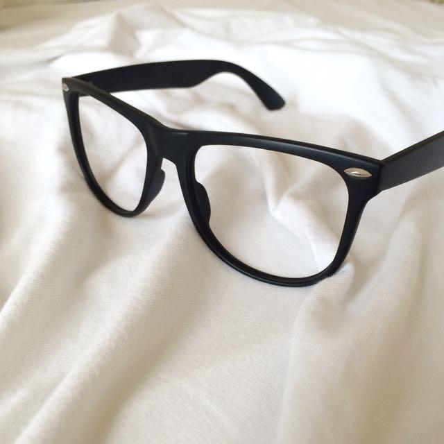No Lens Glasses