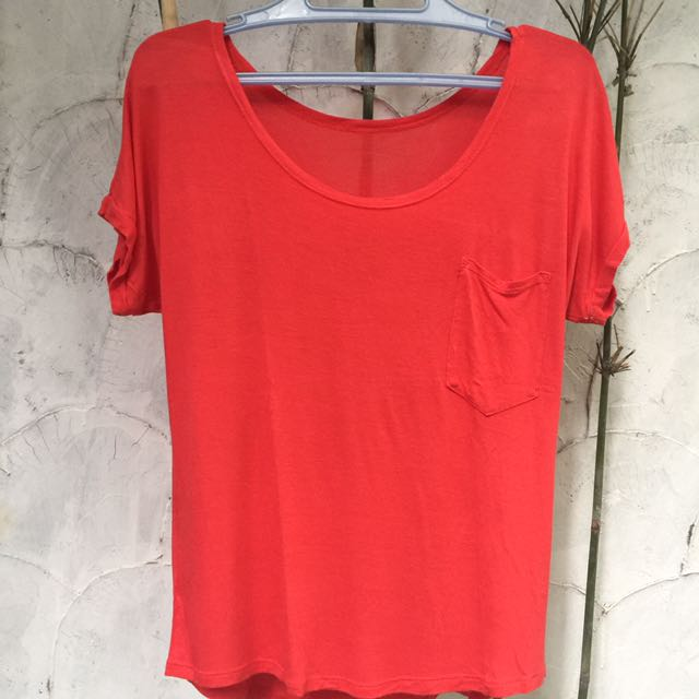Red Basic Tee❗️Free shipping ❗️
