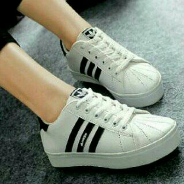Sepatu / Boots Kets Adidas Replika KM35