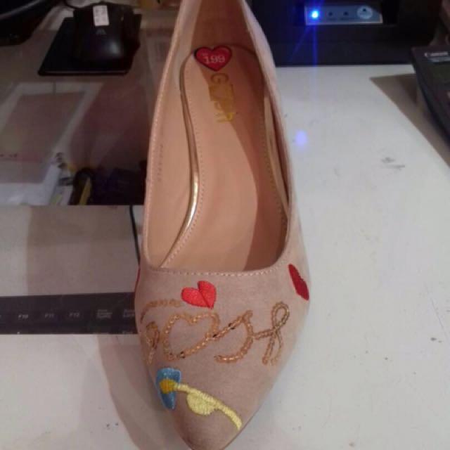 Sepatu Gosh /Heels Gosh
