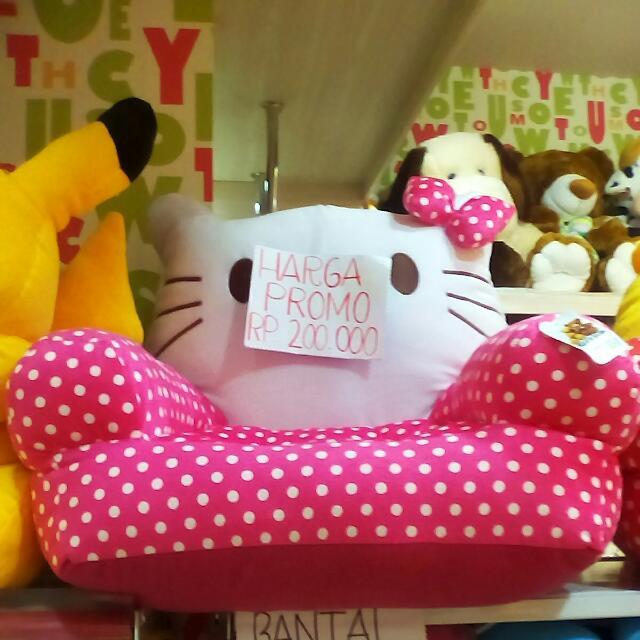 Sofa Karakter Hello Kitty