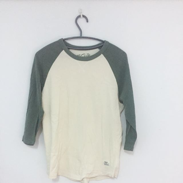 SPAO 米色棒球T-shirt