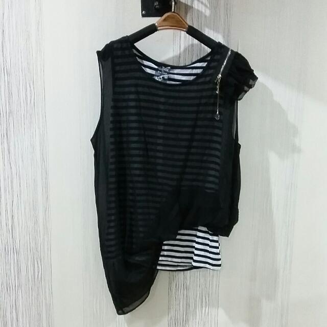 Stripe Black Top Size S-M