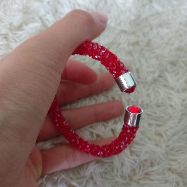 似swarovski 水晶手環