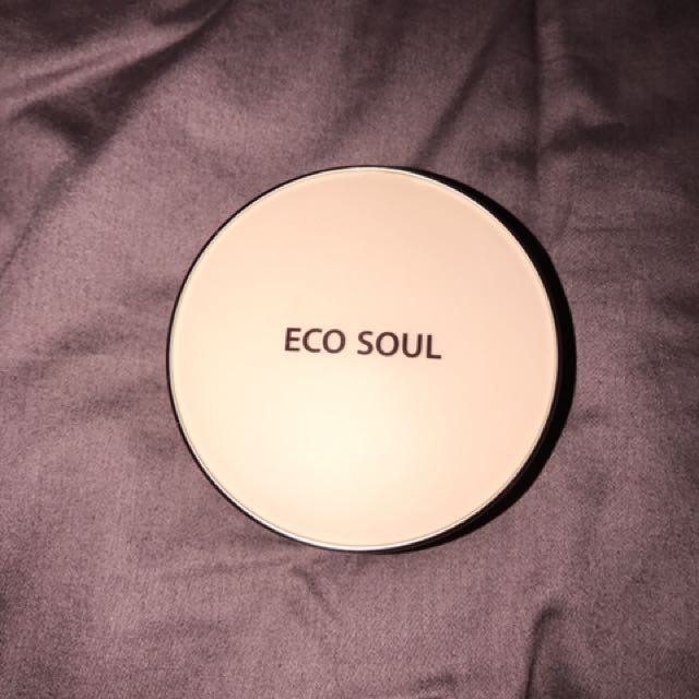the SAEM eco soul bb cake