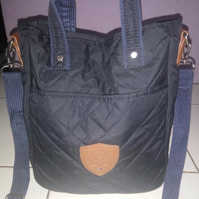 tommy hilfiger preloved slingbag