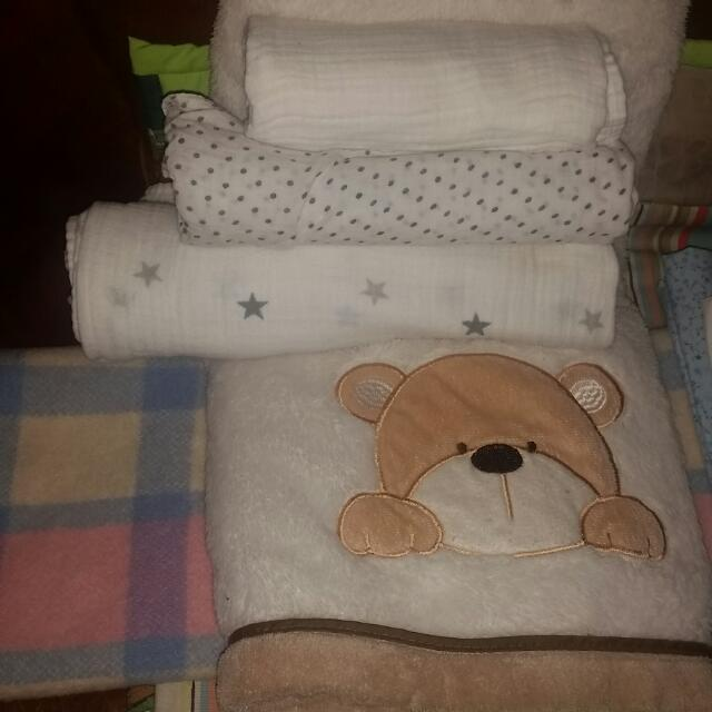 Variety Of Baby Blankets Sheets Towel Tous ..Woolen Blanket Included