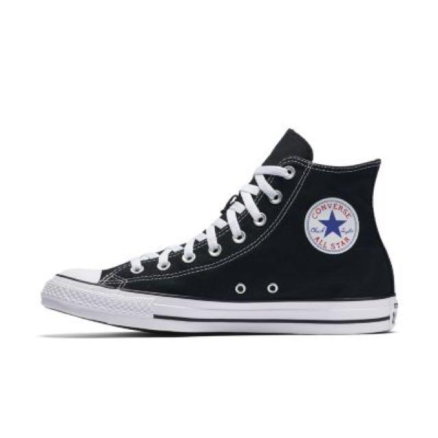 Vintage Converse Tennis Shoes