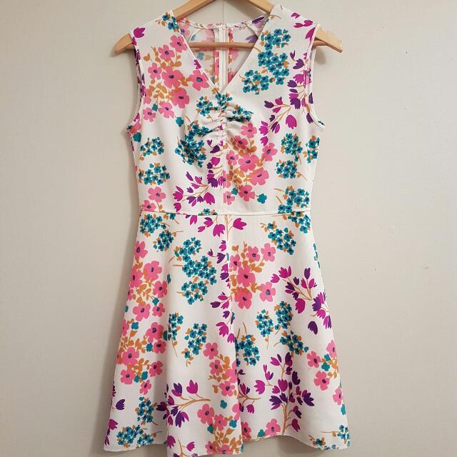 Vintage Retro 1960s Mod Floral Psychedelic Mini Dress