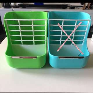Hay and Food Rack for Small Animals (Rabbits)