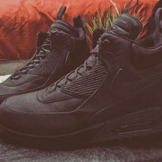 Nike Air Max 90's Sneaker boots.
