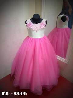 KIDDIE GOWN FOR RENT
