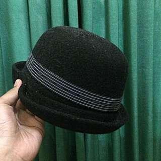 Topi Bundar