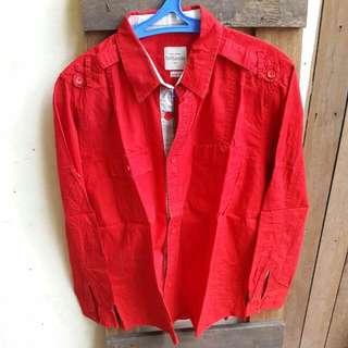 Kemeja Tangan Panjang Britania est  1992 warna Merah