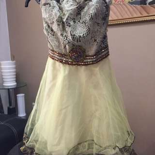 Dress Party Yellow Gold