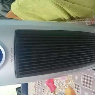 二手暖風機,可冬季给小孩洗澡,睡覺用最佳,清屋平售$200