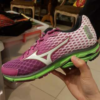 Mizuno WAVE RIDER Running Shoes