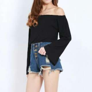 Looking For Bell-sleeved Tops