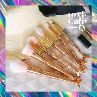 Gold Mermaid Brush