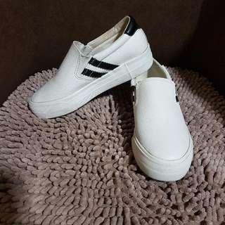 Korean Fashion Slip On Shoes