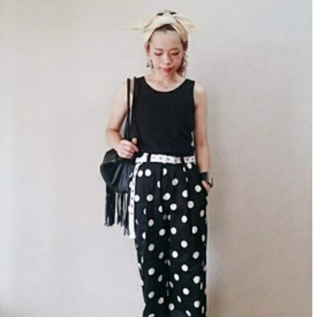 兩件一起賣  日本購入 Lowrys Farm百搭背心  黑色+白色  純棉 全新