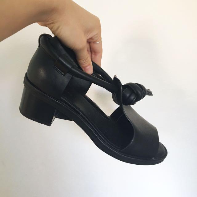 Alpha 60 Knot Shoes UK36 AU6