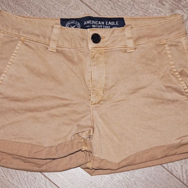 American Eagle Outfitters (shorts)