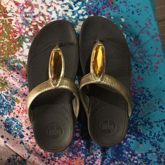 Auth Fitflop Gold