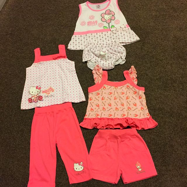 Bundle Baby Girl Outfit Size 0-3 Months
