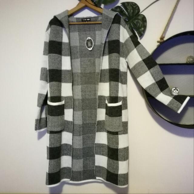 CAROLINE MORGAN Long Hooded Patch Warm Soft Jacket Size 10 RRP $160
