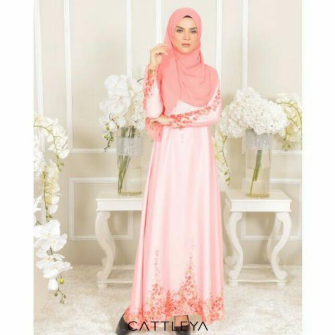 Mood Raya =) Cattleya Couture Tulip Dress, Muslimah Fashion on Carousell
