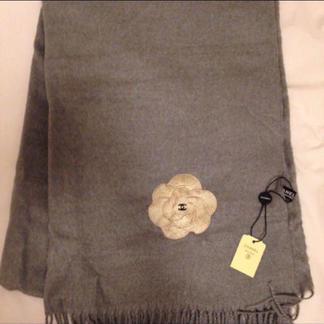 Chanel香奈兒灰色羊毛圍巾
