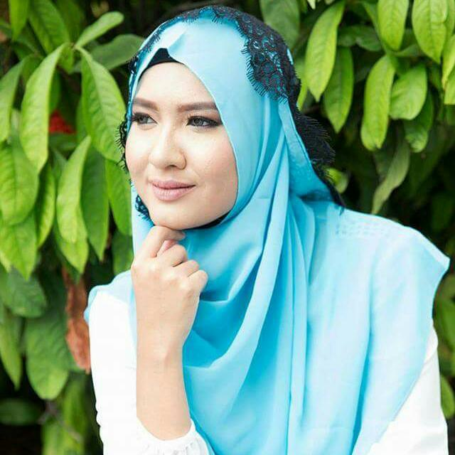 b1491eadce893 Check Out Aishaqirin Hijab Collection if you are looking for ...